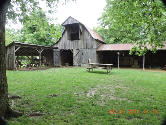 Shiloh Museum of Ozark History: The barn and all of the farming tools