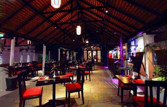 Sok San Cafe Bistro