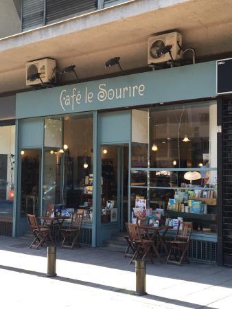 Cafe Le Sourire