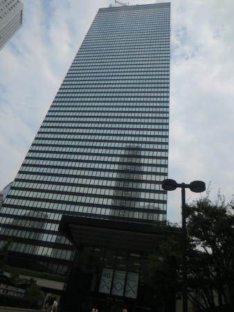 Shinjuku Mitsui Building: 高層ビル