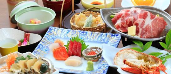 Izuajiro Onsen Shofuen: 【お料理】伊勢海老&アワビの源泉蒸しコース(ご夕食イメージ)