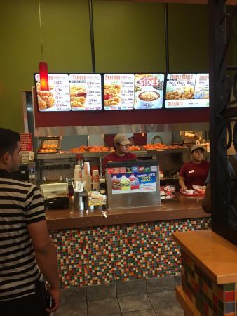 Louisiana Popeye Chicken Picture Of Popeyes Louisiana Kitchen Los Angeles Tripadvisor