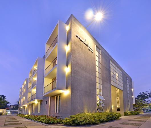 Malaka Hotel: Facade
