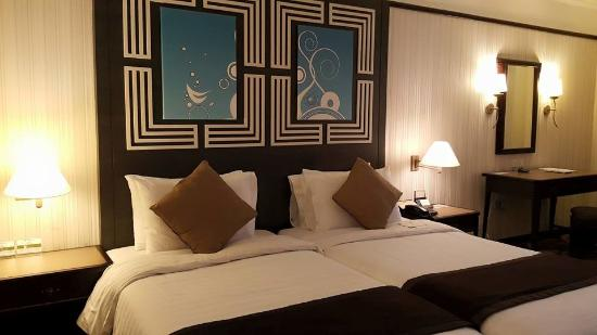 Grand Bluewave Hotel Shah Alam : The room.