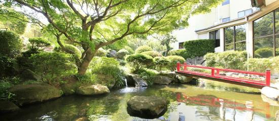 Izuajiro Onsen Shofuen: 【四千坪の庭園】