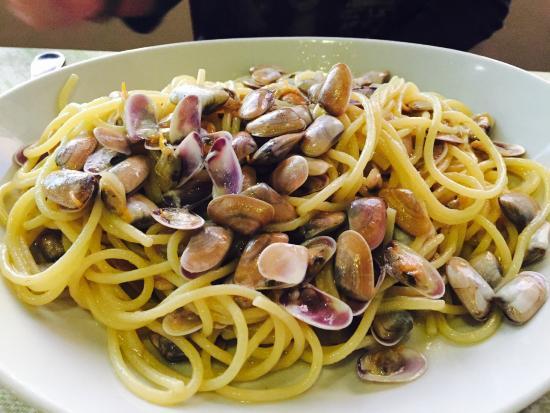 Spaghetti con telline picture of taaf terra aria acqua for Ricette culinarie