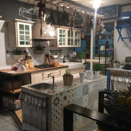 Cucina foto di casa maria campo calabro tripadvisor for Arredamento alternativo