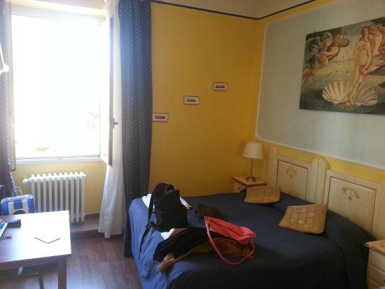 camera n°2 - Foto di Soggiorno Pezzati Daniela, Firenze - TripAdvisor