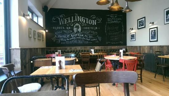 The Wellington: After the refurb....Looking good!