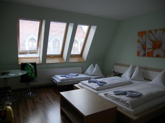 Hotel Praterstern: кровати удобные, пастель качественная и очень чистая
