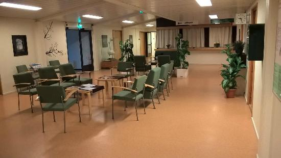 Spa Hotel Harma - Harman kylpyla: Sairaalamainen aula