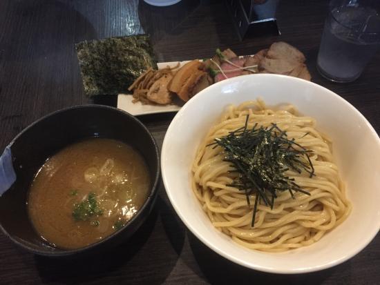 Honda niji: つけ麺と一緒にw