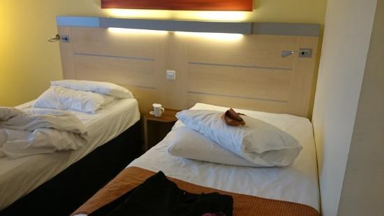 Holiday Inn Express Leeds City Centre: room