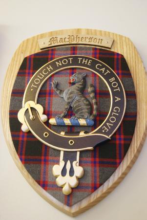 Clan Macpherson Museum: Stemma del Clan