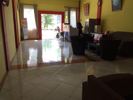Photo2 Jpg Picture Of Hasanah Guest House Malang Tripadvisor