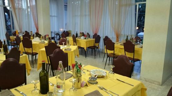 Hotel Savini Rimini : Foto della sala