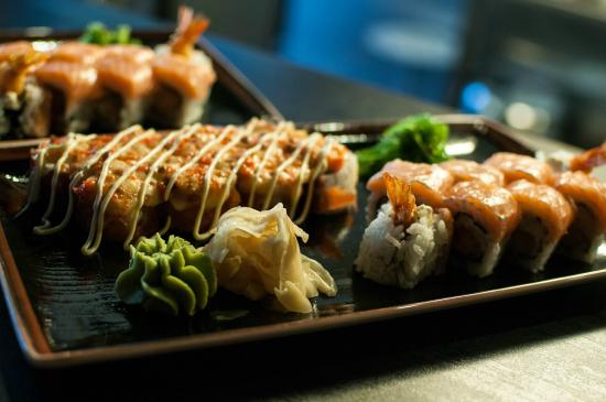 Hot sushi maki rolls picture of amber asian food for Amber asian cuisine