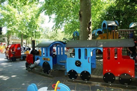 Jardin du Luxembourg : Jardin d'enfants