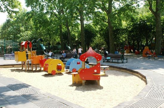 Jardin du Luxembourg : Jeux pour enfants
