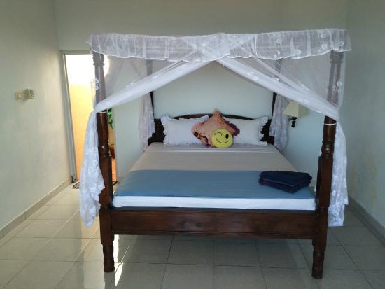 Sinar Bali 2 Bungalows: Intérieur