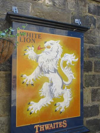 ‪The White Lion‬