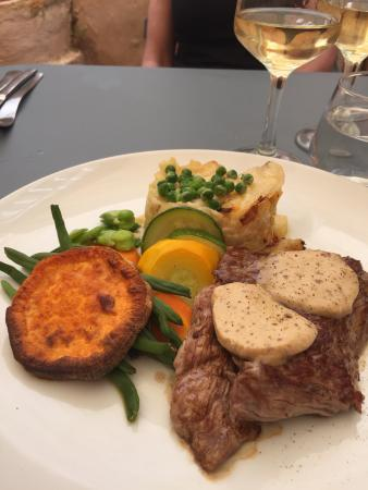 L'Atelier du dejeuner : Brilliant home-style French cooking! Incredible lunch!