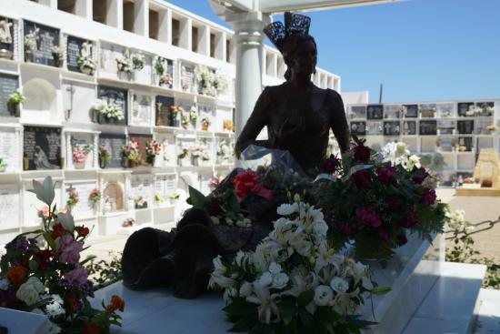Mausoleo Rocio Jurado : Mauseleo de Rocio Jurado