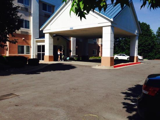 Fairfield Inn Kansas City Independence : Hotel Front