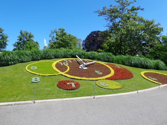 Reloj florido picture of le jardin anglais geneva for Le jardin geneve