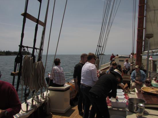 Schooner Stephen Taber Day Cruises: caption