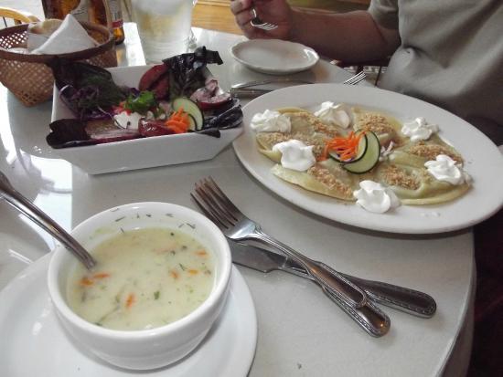 Amadeus Cafe & Restaurant: Pierogies and soup