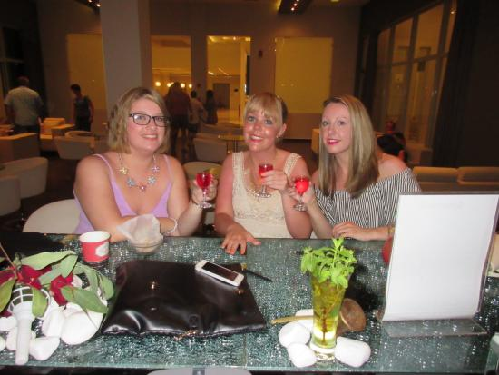 Atlantica Holiday Village Kos: Drinks in our favourite bar