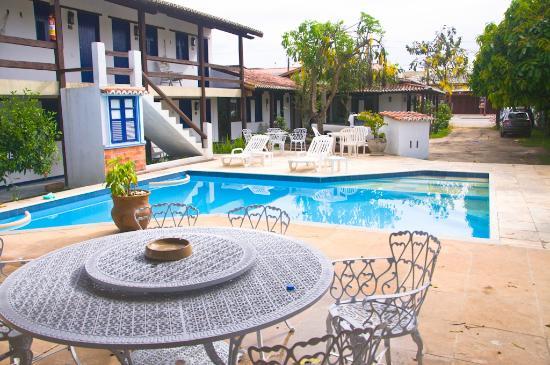 Pousada Sao Luiz: Vista Externa da pousada - área da piscina