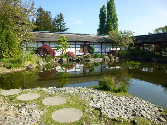 Fleuri picture of jardin japonais nantes tripadvisor for Jardin japonais nantes