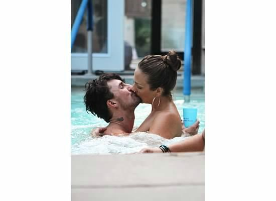 Sea Mountain Inn Resort: Hot mineral watrer Naked pools for couples open daily at vh1 ulitmate celebrity secret