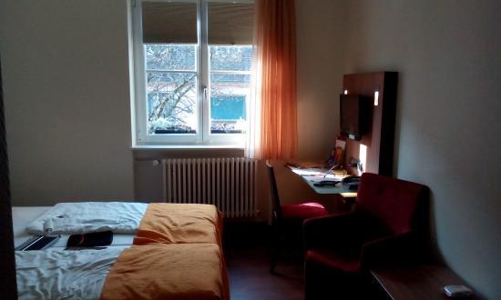 Stadthotel Freiburg Kolping Hotels und Resorts: My room interior
