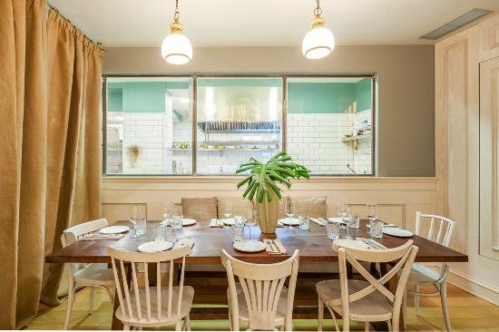 Zona De Sala Picture Of La Jefa Home Bar Madrid Tripadvisor
