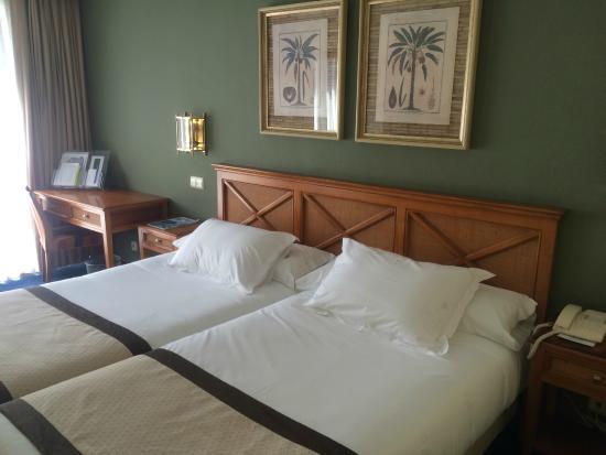 Hotel San Sebastian: Habitación