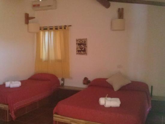 Cabanas La Gloria: Sector Dormitorio.Cab.1
