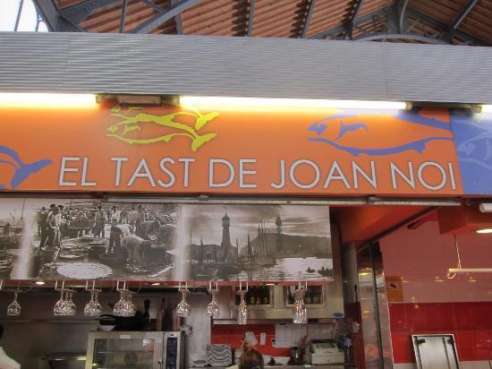 Photo of Restaurant El Tast de Joan Noi at Placa Llibertat 27, Gracia, Barcelona 08012, Spain