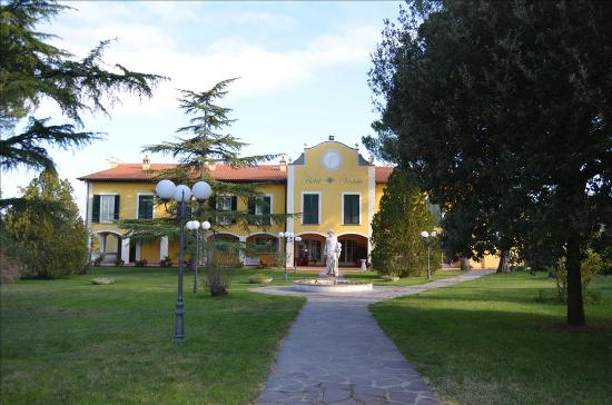 Photo of Hotel Vedute Fucecchio