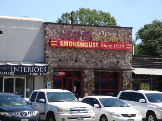 Sonny Bryan's Smokehouse: Sonny Bryans Smokehouse W Lovers Lane