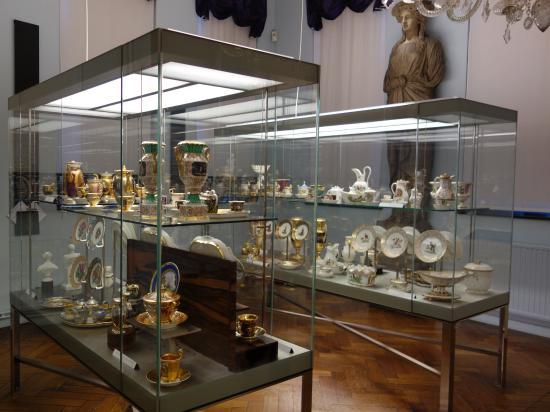 Mus e de la ville bruxelles picture of museum of the for Bruxelles piscine