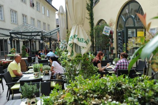 Bellini Cafe-Bistro