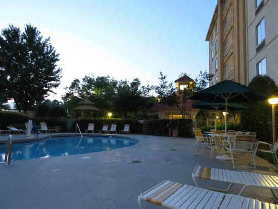 La Quinta Inn & Suites Greensboro : pool