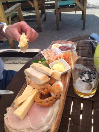The Tollgate Inn: Ploughmans  lunch