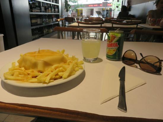 Cafe Santiago F: Lovely!