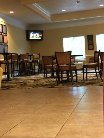 La Quinta Inn & Suites Mobile - Tillman's Corner: Dining Area