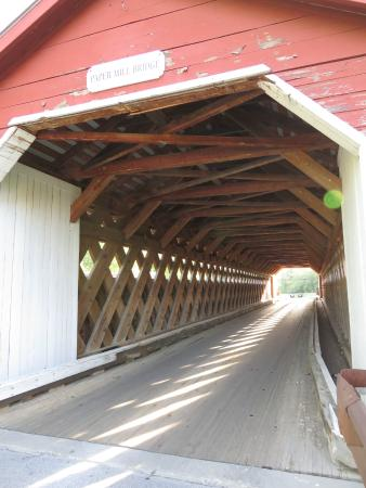 ‪Burt Henry Covered Bridge‬