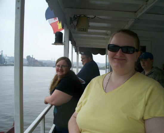 Dubuque River Rides : Nice views at the back of the boat!